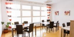 Pokój wspólnych posiłków i zajęć z terapii zajęciowej